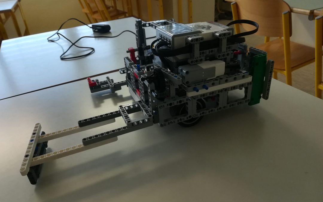 Dan odprtih vrat – lego robot